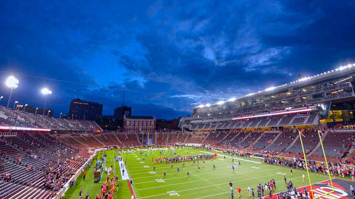 Nippert Stadium Information